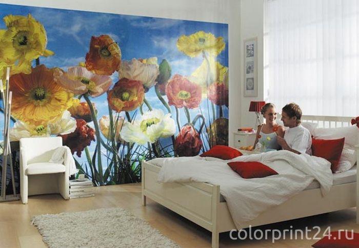 Фотообои в интерьере спальной комнаты
